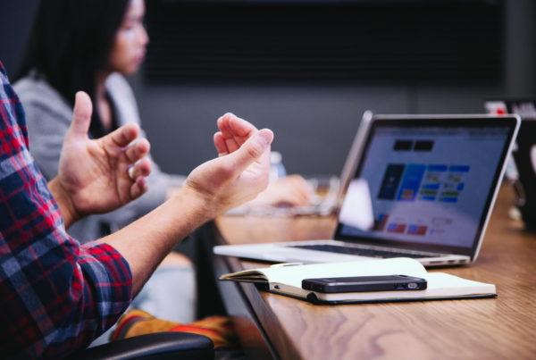 Hybride Arbeit Virtuelle Meetings Home Office