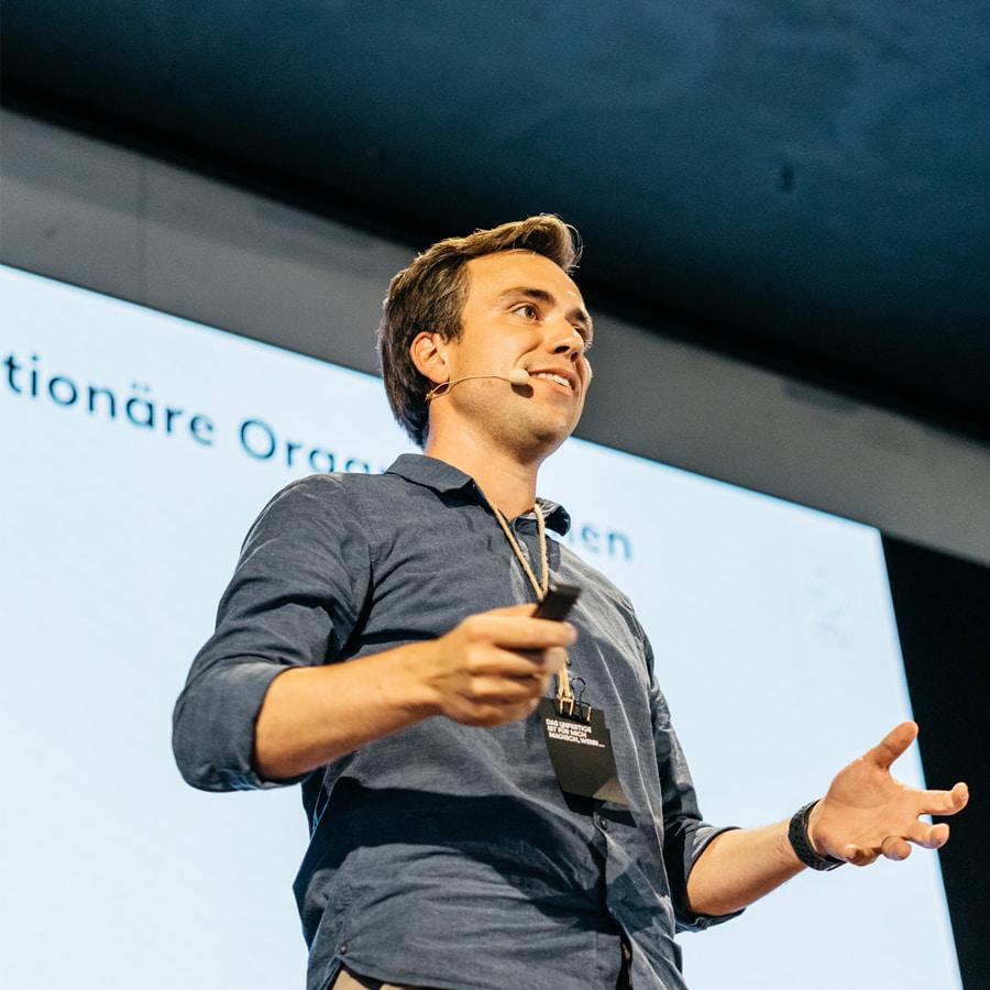 Berg-Macher-Organisationsentwicklung_Jonas-Schneider-Speaker